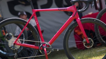 The Hot Tomato Spot X Allied Allroad gravel bike caught our eye at the 2018 Sea Otter Classic. © Cyclocross Magazine