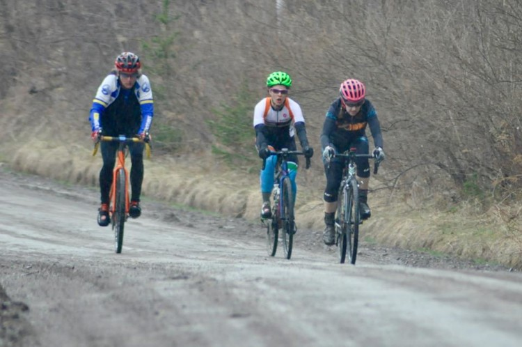 Ruth Sherman, Rachel Andrews and Emily Flynn battled for three weeks of the series with Rachel winning the first two and the Mudslinger Series and Emily picking up the third and the NYS Gravel Racing Championship for 2018. 2018 Finger Lakes Gravel Grinder. photo: Tony Sylor