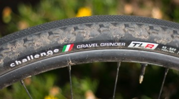 Challenge's Gravel Grinder TLR Tubeless tire is the company's first foray into tubeless clinchers, and this airtight model is a good start. © Cyclocross Magazine