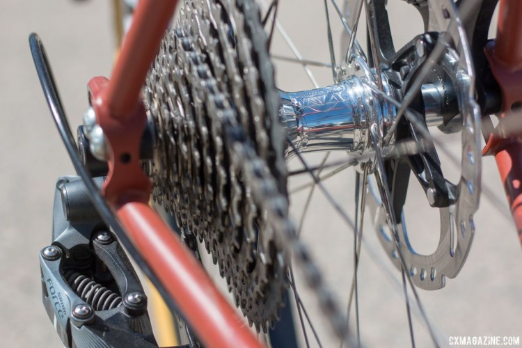 Chumba Cycles USA kept this Terlingua build focused on USA-made components including White Industry hubs. 2018 Sea Otter Classic cyclocross and gravel new products. © Cyclocross Magazine