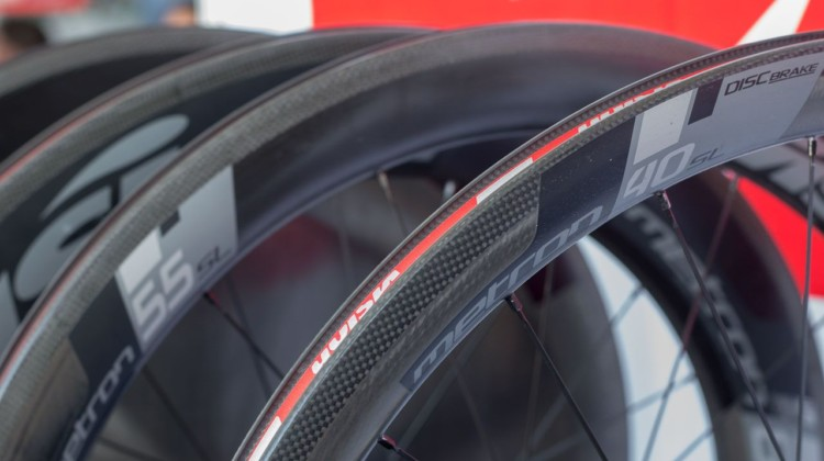 FSA has tweaked its Vision Metron line and unveiled a new 30mm deep Metron 30 SL wheelset. 2018 Sea Otter Classic cyclocross and gravel new products. © Cyclocross Magazine