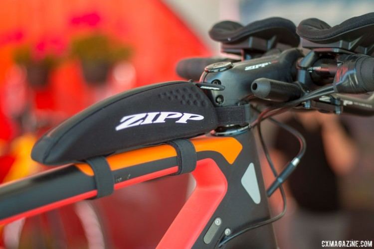 Zipp's Speed Box allows for easy access to small items. © Cyclocross Magazine
