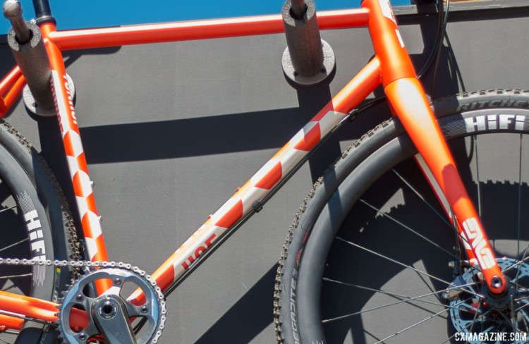 The ACX's downtube is biaxially ovalized to increase stiffness. © Cyclocross Magazine