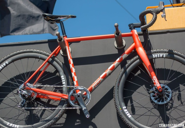 VonHof released the ACX in 2017. It features Columbus steel tubing, flat mount brakes, and a T47 bottom bracket. © Cyclocross Magazine