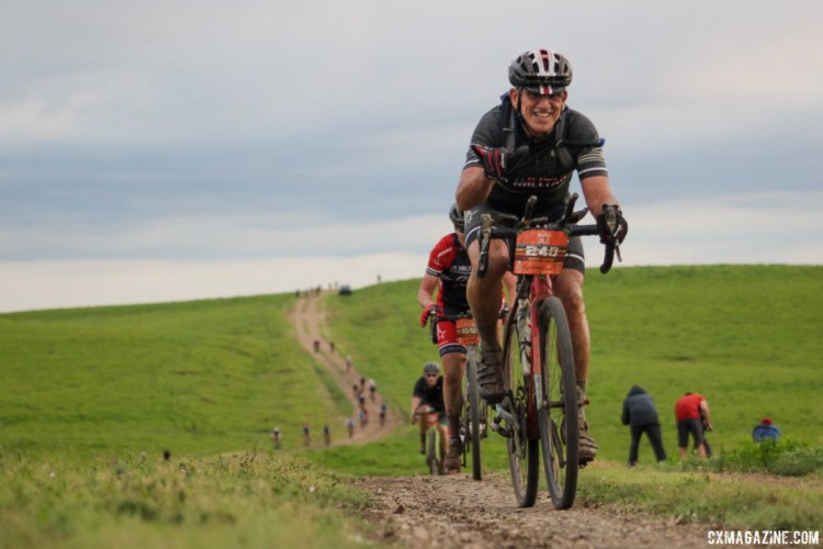 Riders were full of spirit early on at mile 20. 2018 Dirty Kanza 200. © Z. Schuster / Cyclocross Magazine