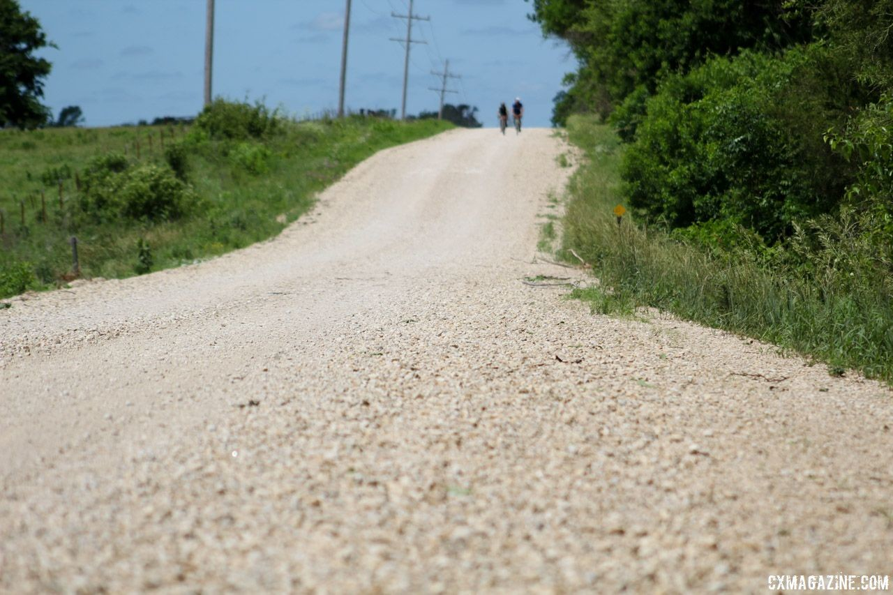 Long days in the saddle, on terrain of your choice, are a staple of training for gravel. 2018 Dirty Kanza 200. © Z. Schuster / Cyclocross Magazine