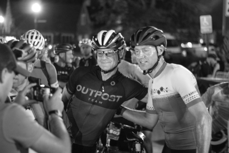 Jens Voigt took time to pose for a photo with a fan and fellow DK200 rider. 2018 Dirty Kanza 200. © Z. Schuster / Cyclocross Magazine