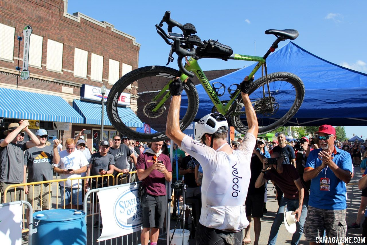 Ted King returns to defend his DK200 title in 2019. Ted King's 2018 Dirty Kanza 200 Cannondale SuperX. © Z. Schuster / Cyclocross Magazine
