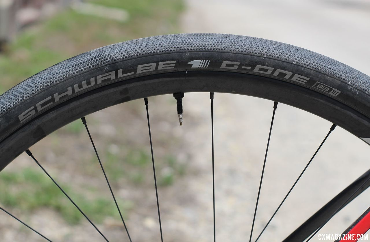 Richey ran Schwalbe G-One Speed tubeless tires with, not surprisingly, Easton wheels. Craig Richey's 2018 Dirty Kanza 200 Devinci Hatchet. © Z. Schuster / Cyclocross Magazine