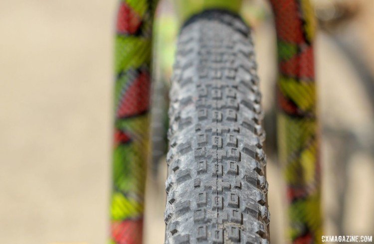 Keough swapped her cyclocross tubulars for 38mm Maxxis Rambler tubeless gravel tires. Kaitie Keough's 2018 Dirty Kanza 200 Cannondale SuperX. © Z. Schuster / Cyclocross Magazine