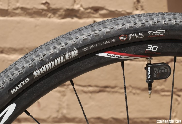 Keough went with Zipp 30 Course alloy tubeless wheels and Maxxis Rambler gravel tires. Kaitie Keough's 2018 Dirty Kanza 200 Cannondale SuperX. © Z. Schuster / Cyclocross Magazine