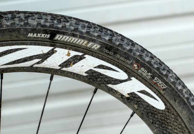 King went with the carbon Zipp 303 Firecrest tubeless clinchers with 40mm Maxxis Rambler tires mounted. Ted King's 2018 Dirty Kanza 200 Cannondale SuperX. © Z. Schuster / Cyclocross Magazine