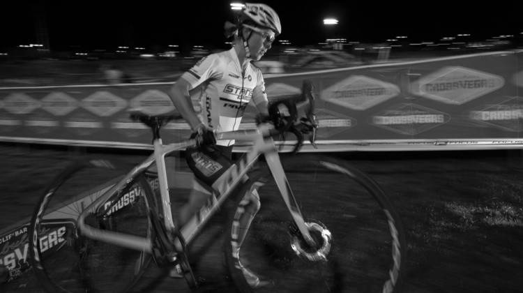 Chloe Woodruff attacked the power-sucking grass and finished sixth. The Final CrossVegas, 2017. © A. Yee / Cyclocross Magazine