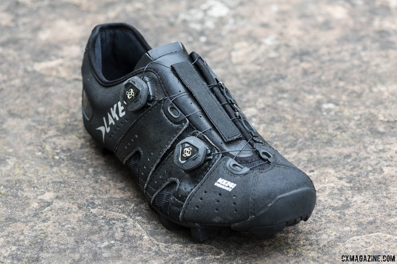 The MX 241 Endurance shoe is made with kangaroo leather and has Helcor abrasion-resistant leather at the toe and heel. Lake Cycling MX 241 Endurance Cycling Shoes. © C. Lee / Cyclocross Magazine