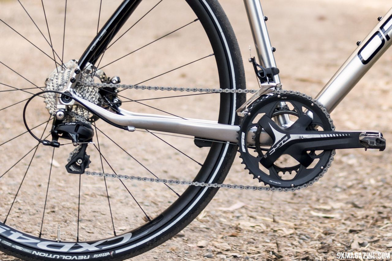 Opus dropped the driveside chainstay to reduce chain slap. The non-drive-side is also dropped. Opus Spark 1 gravel bike. © C. Lee / Cyclocross Magazine