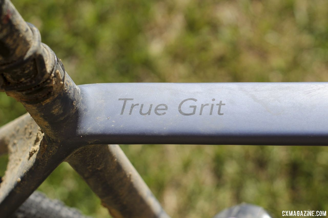 The True Grit is Lauf's full carbon gravel bike that, not surprisingly, comes with the Grit fork. Michael van den Ham's 2018 DK200 Lauf True Grit. © Z. Schuster / Cyclocross Magazine