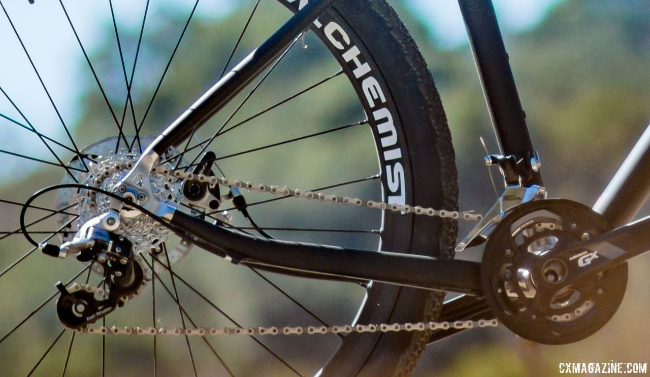 The Xtreme Gravel has a BB drop of 7.6cm, leaving it pretty low. Alan Xtreme Gravel Scandium with Kilo fork and Alchemist wheels. © Cyclocross Magazine