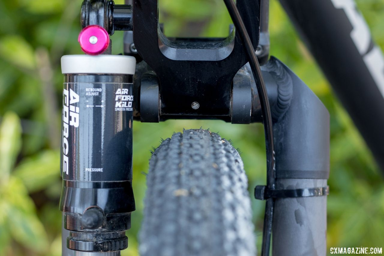 The Alan Xtreme Gravel Scandium was suspended by the German A Kilo #1 fork. It was easily adjustable, light, but could have used more tire clearance in case you wanted to run 700x40 rubber. © Cyclocross Magazine