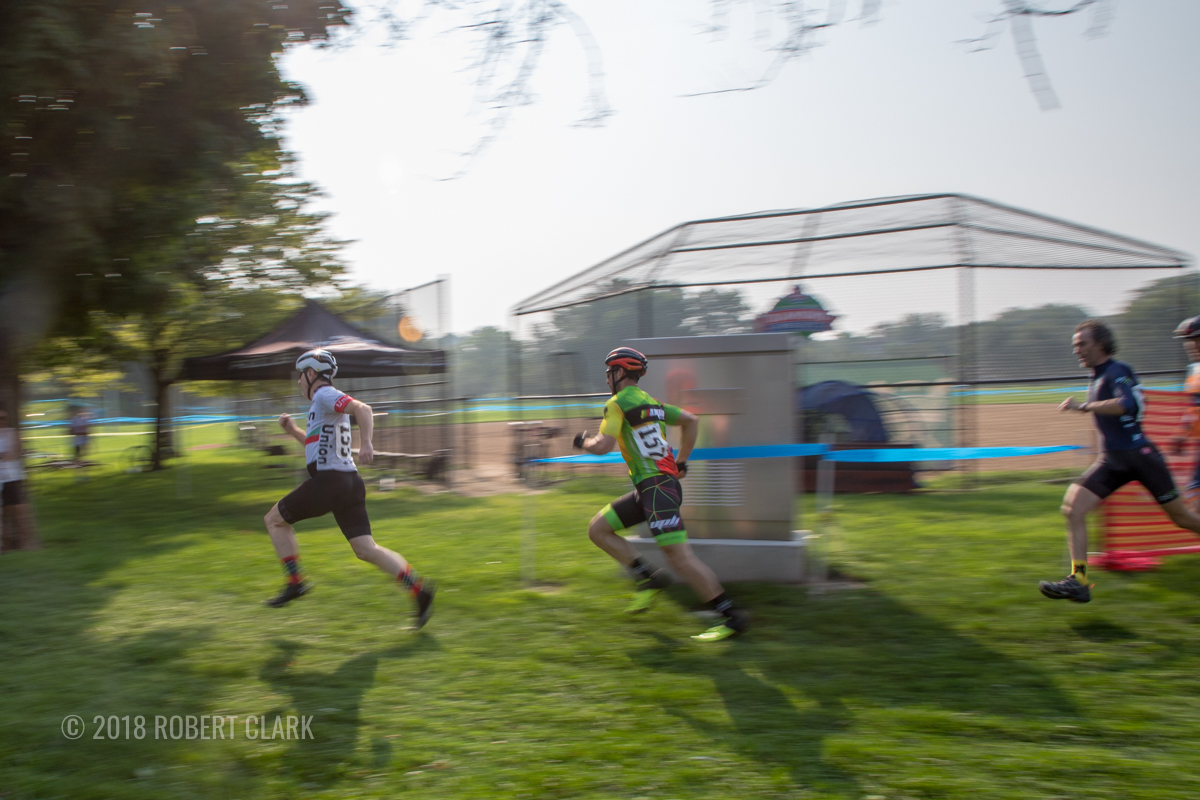 Each race started with a Le Mans start. 2018 xXx Racing-Athletico Relay Cross, Chicago. © Robert Clark