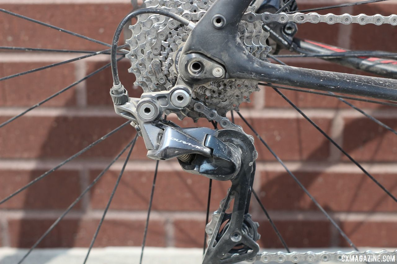Gregg used mechanical Dura-Ace R9100 derailleurs front and rear. Amity Gregg's 2018 Gravel Worlds Pinarello GAN GR Disk Gravel Bike. © Z. Schuster / Cyclocross Magazine