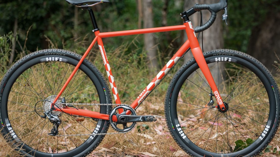 The Von Hof Steel ACX cyclocross bike is bult in the U.S. with Columbus steel. © C. Lee / Cyclocross Magazine