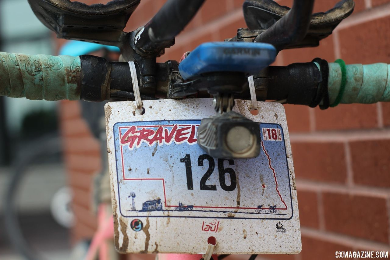 Acker managed to pick up some grit on his number plate at Gravel Worlds, even though the course was mostly dry and fast. Matt Acker's Salsa Warbeard. 2018 Gravel Worlds. © Z. Schuster / Cyclocross Magazine