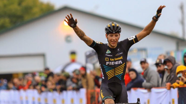 Nicolas Cleppe (Telenet Fidea) takes Day 3 of the 2018 Jingle Cross Cyclocross Festival. © D. Mable / Cyclocross Magazine