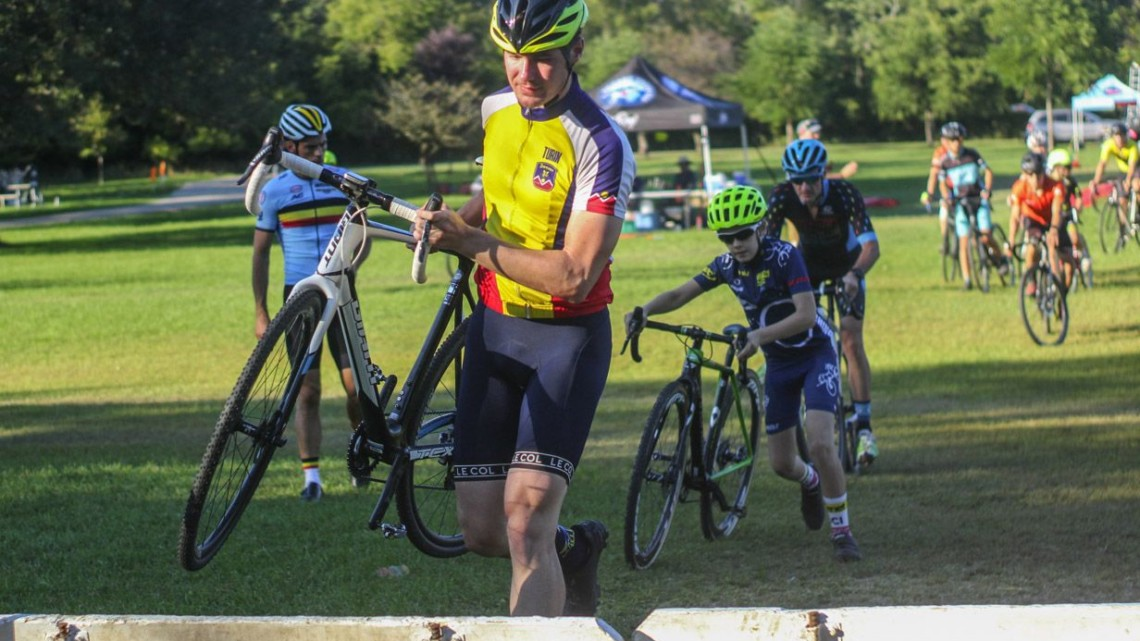 Like many clinics, barriers were an early part of the program. 2018 Sven-Nado Clinic, Chicago. © Cyclocross Magazine / Z. Schuster