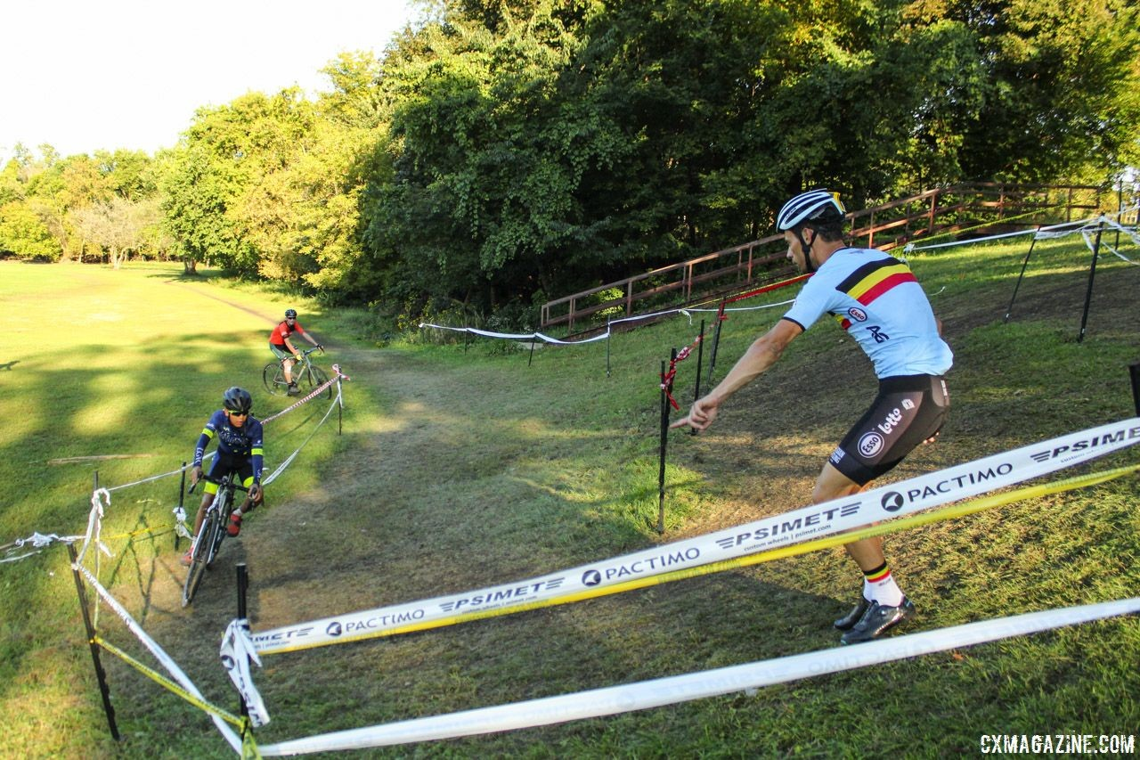 Sven Vanthourenhout helped riders stay wide and pick the right line heading uphill. 2018 Sven-Nado Clinic, Chicago. © Cyclocross Magazine / Z. Schuster