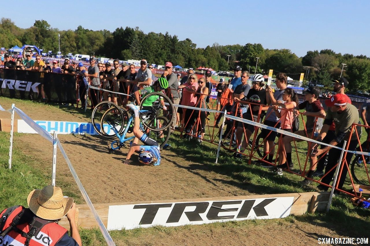 Ellen Noble's tumble at the barrier held Marianne Vos up, but they both recovered. 2018 World Cup Waterloo. © D. Mable / Cyclocross Magazine