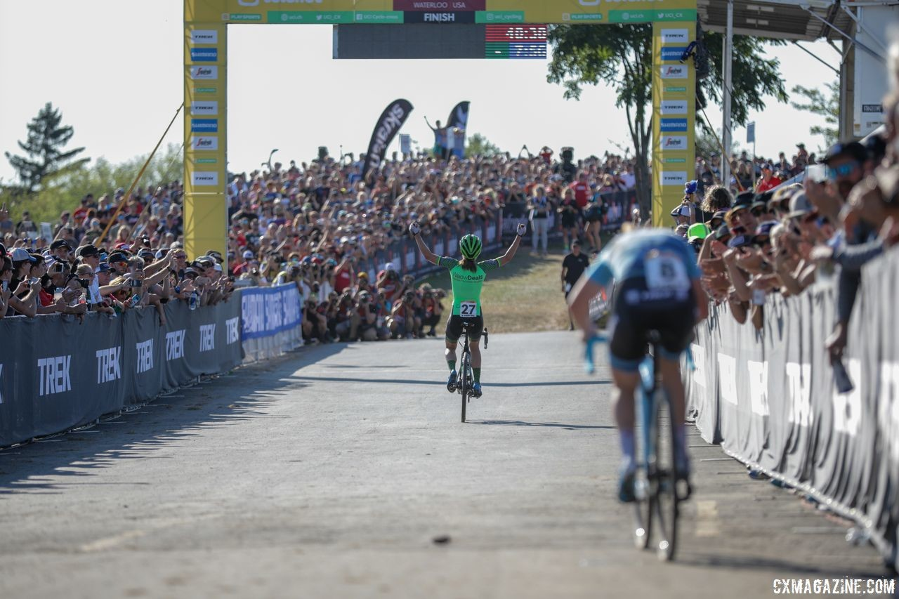 Trek got good crowds to come out for its World Cup. 2018 World Cup Waterloo. © R. Clark / Cyclocross Magazine