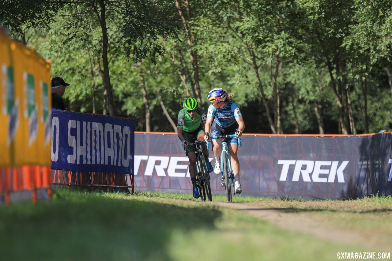 Ellen Noble and Marianne Vos worked together once they were off the front. 2018 World Cup Waterloo. © R. Clark / Cyclocross Magazine