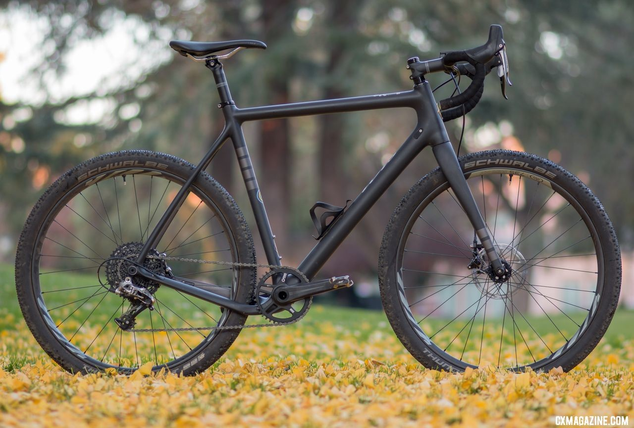 Ibis Hakka MX cyclocross/gravel bike with Ibis 650b carbon wheels. © Cyclocross Magazine