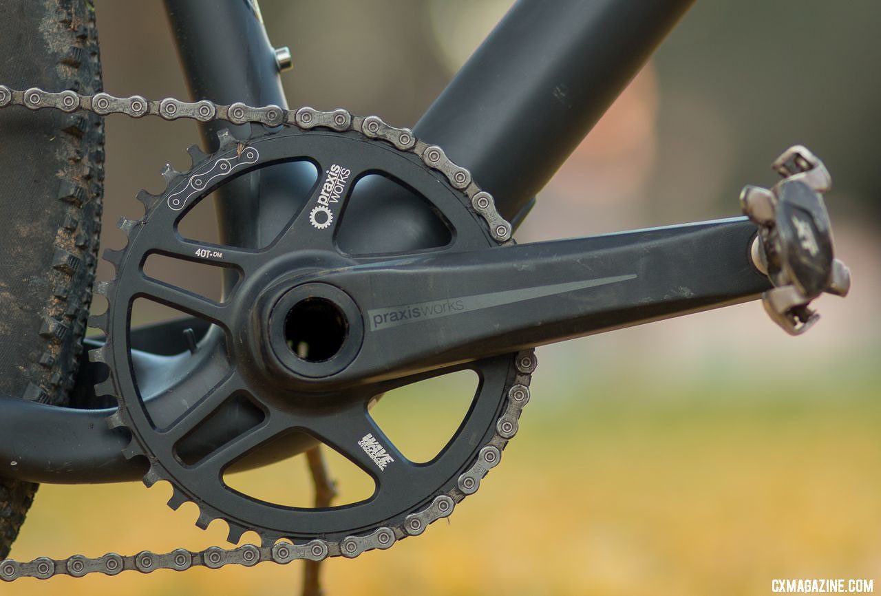 A Praxis Zayante Alloy crankset with 40t wide/narrow ring transfers your power to push the Ibis Hakka MX cyclocross/gravel bike forward. © Cyclocross Magazine