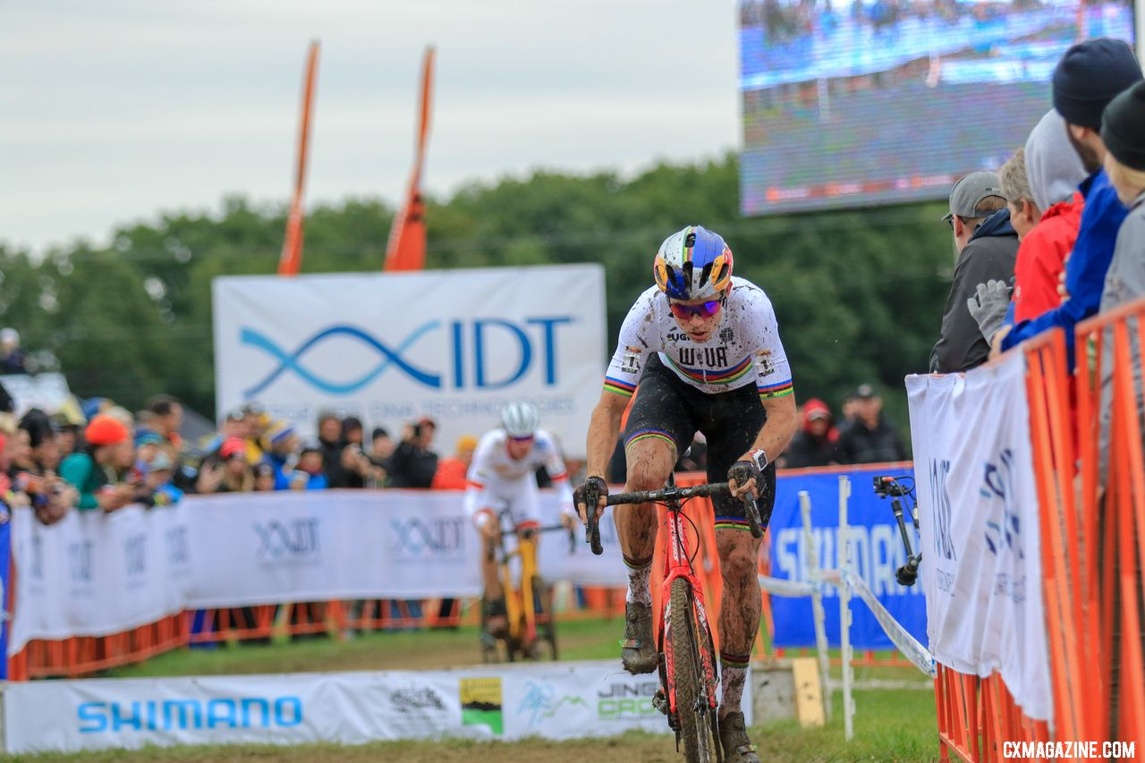 Wout van Aert was in control before getting bogged down in the off-camber. 2018 Jingle Cross. © D. Mable / Cyclocross Magazine