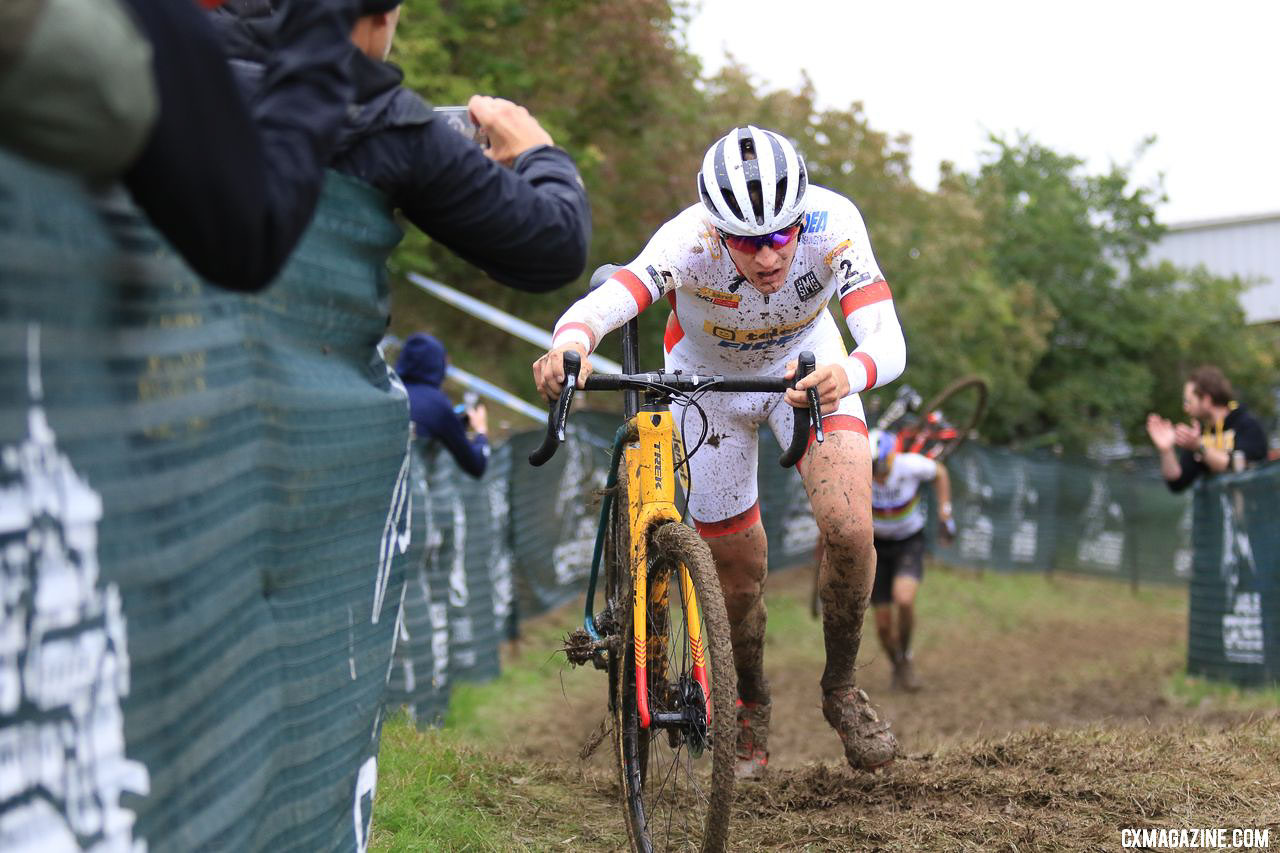 Toon Aerts appeared to be the stronger runner and rider on the day. 2018 Jingle Cross World Cup Men's Race. © D. Mable / Cyclocross Magazine