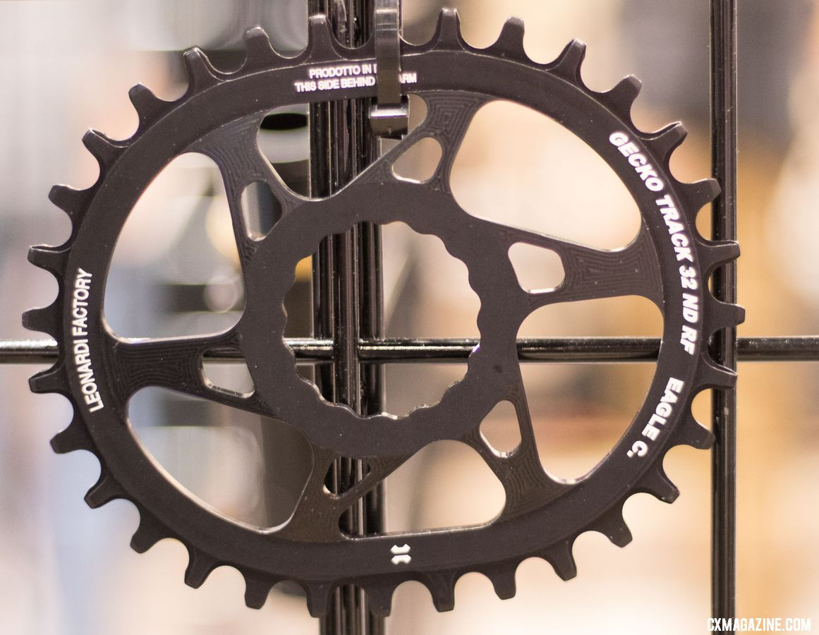 Leonardi Factory offers its ovalized Gecko Track chaiinrings for different direct mount and BCD options. The dramatically ovalized shape is said to offer a larger difference than competing products in terms of power stroke and dead spot effective chainring size. They're currently in smaller mountain bike sizes, but cyclocross/gravel sizes are in the woriks. 2018 Interbike new products. © Cyclocross Magazine