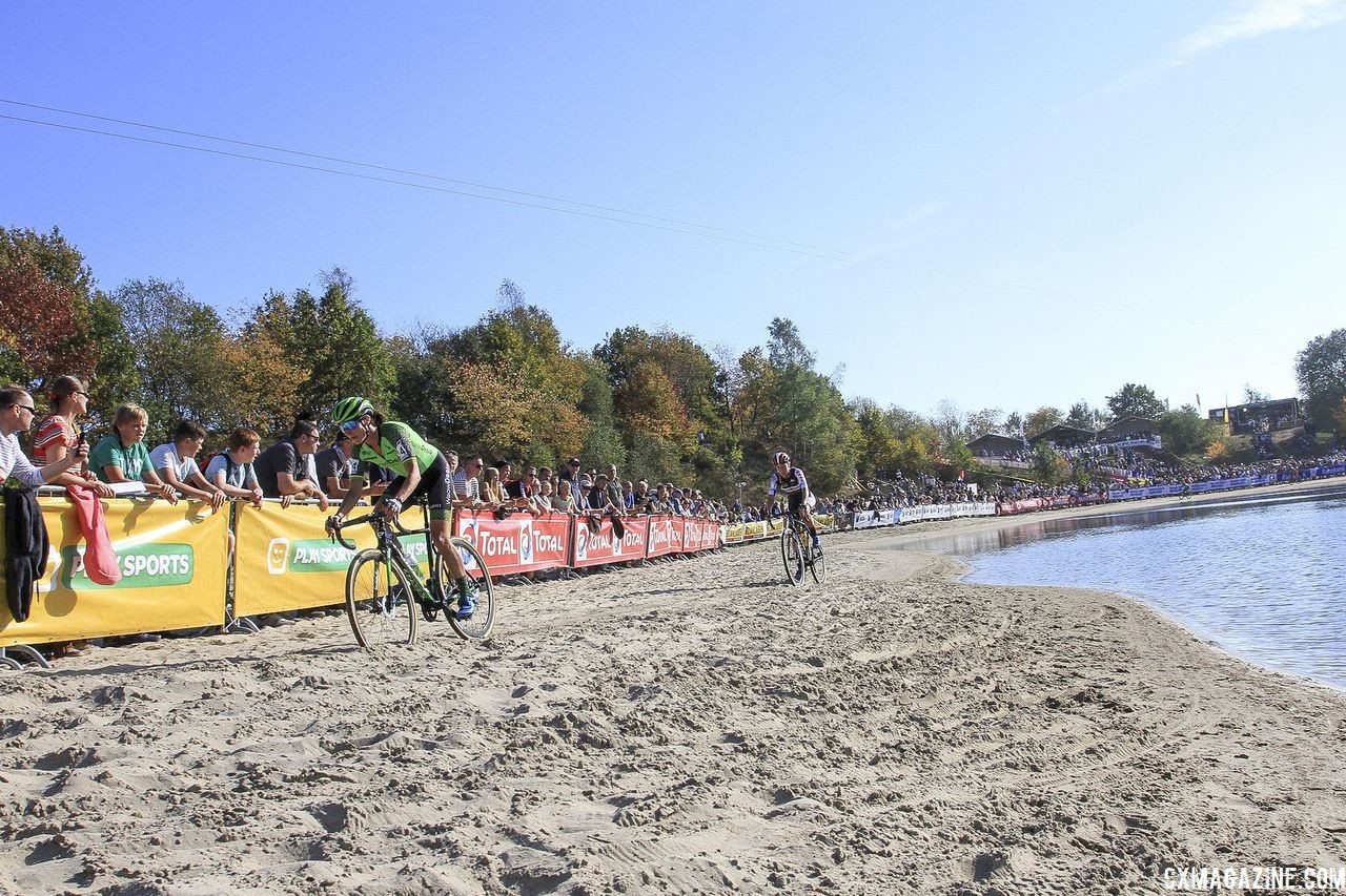 Marianne Vos leads Annemarie Worst along the quarry pond. 2018 Superprestige Gieten. © B. Hazen / Cyclocross Magazine