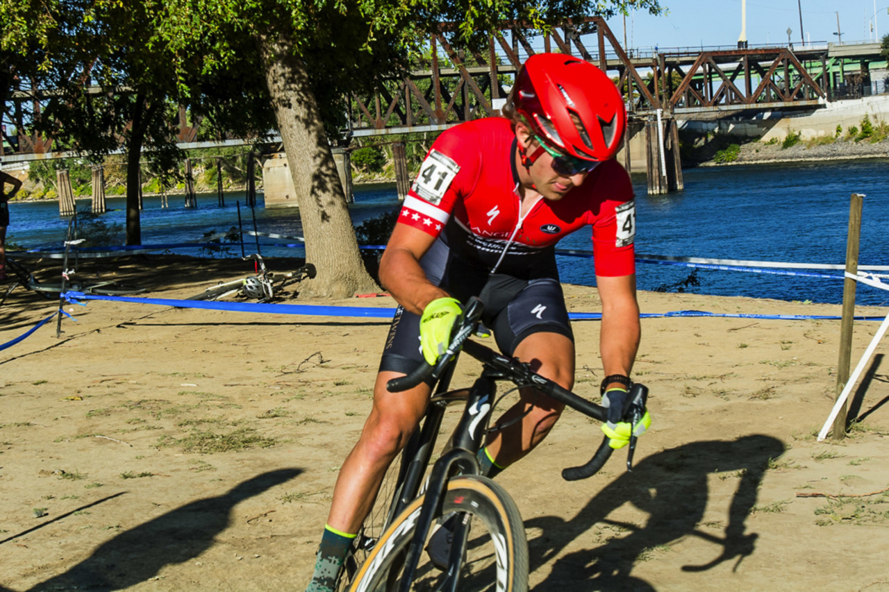 Cody Kaiser puts the moves on. 2018 West Sacramento Cyclocross Grand Prix Day 2. © L. Lamoureux