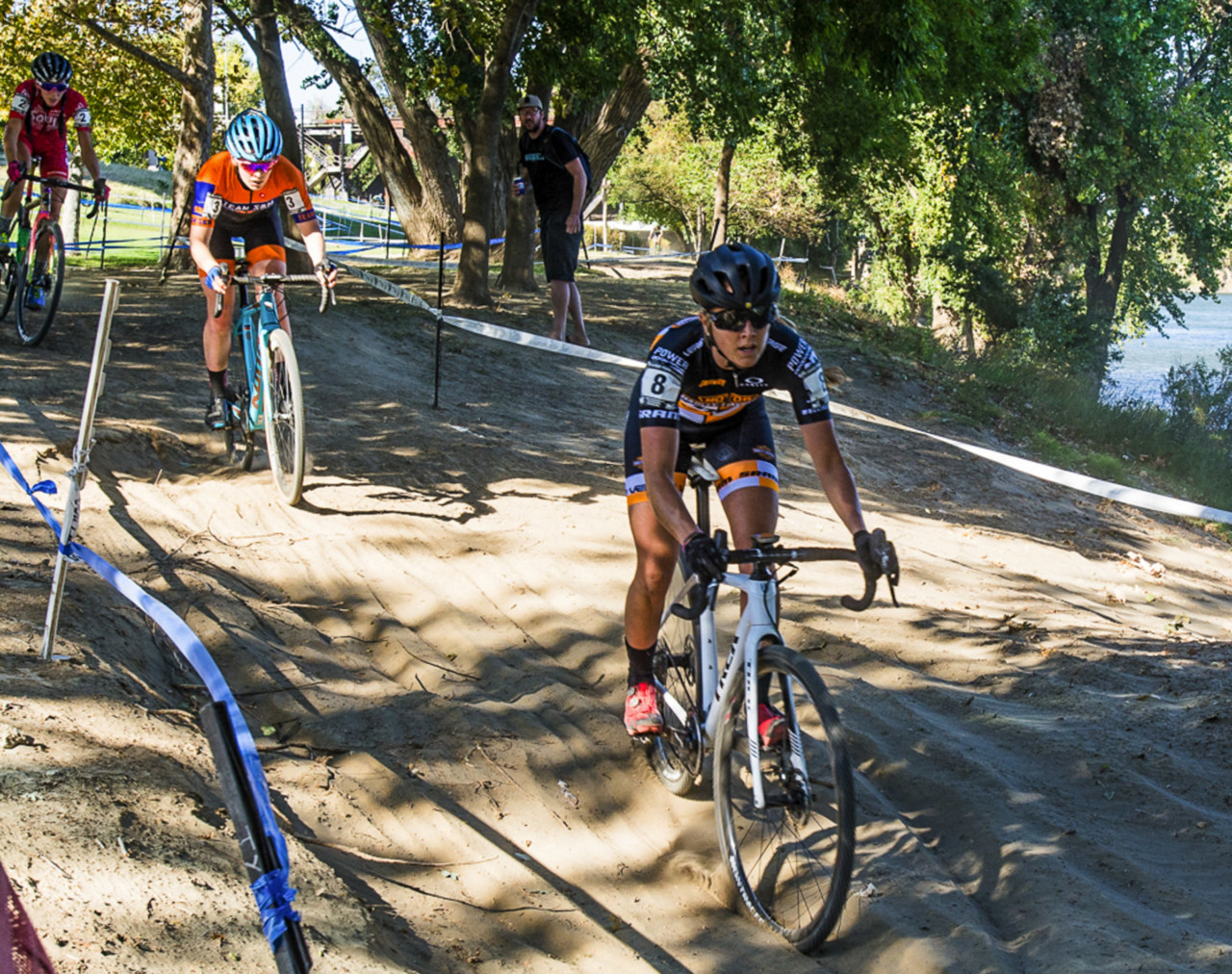Raylyn Nuss rode strong all afternoon on Sunday. 2018 West Sacramento Cyclocross Grand Prix Day 2. © L. Lamoureux