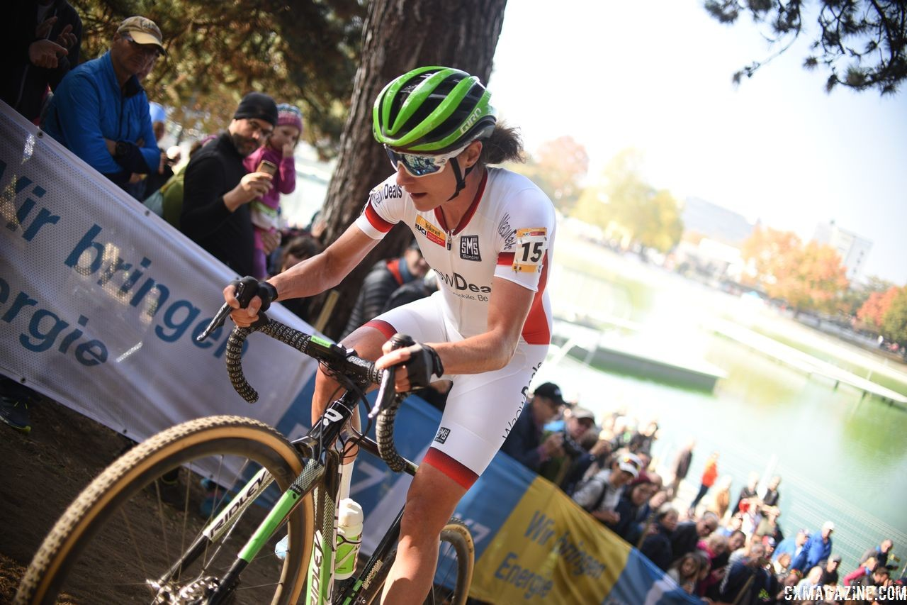 Marianne Vos attacked early in Sunday's race and held a gap for a while. 2018 World Cup Bern. © E. Hausmesser / Cyclocross Magazine