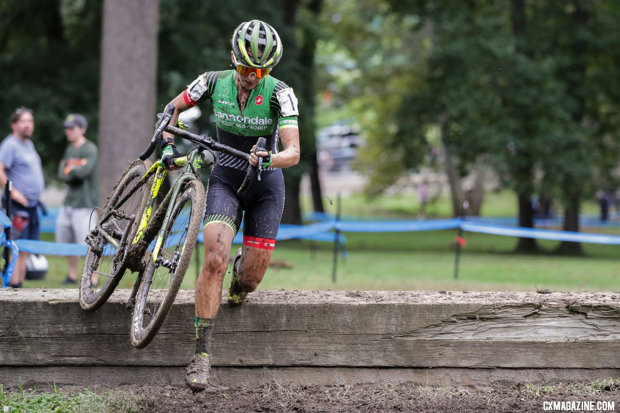 Keogh on the chase. 2018 Charm City Cyclocross Day 1. © Bruce Buckley