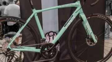 The Impulso All Road adds disc brakes and more tire clearance to the comfort tuned aluminum performance road bike. Bianchi Orso, Impulso All Road and E-Road Aria, Interbike 2018. © C. Lee / Cyclocross Magazine