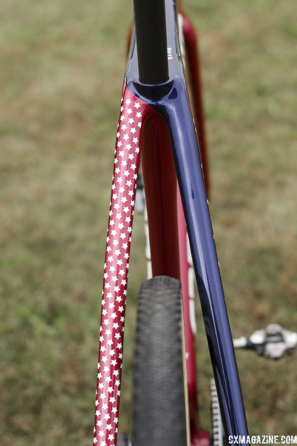 The seat stays are half red, half blue. Stephen Hyde's 2018/19 Cannondale SuperX Cyclocross Bikes. © Z. Schuster / Cyclocross Magazine