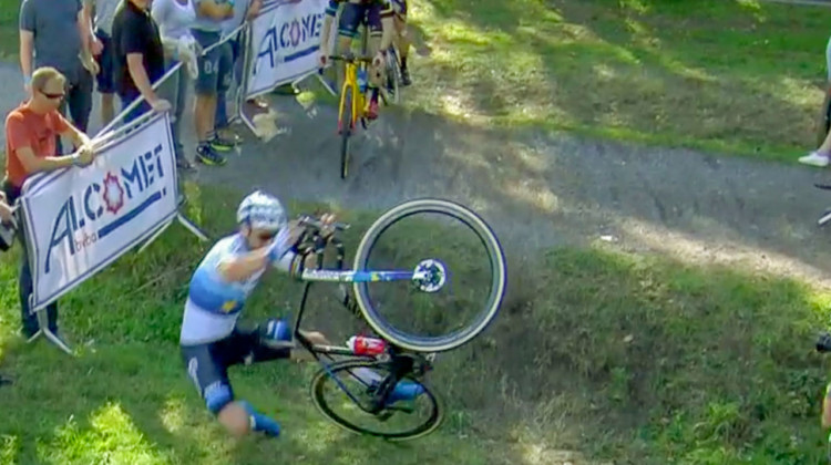 Mathieu van der Poel injured at Brico Cross Loreken