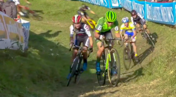 Marianne Vos dominates the 2018 Brico Cross Hotondross in Ronse.