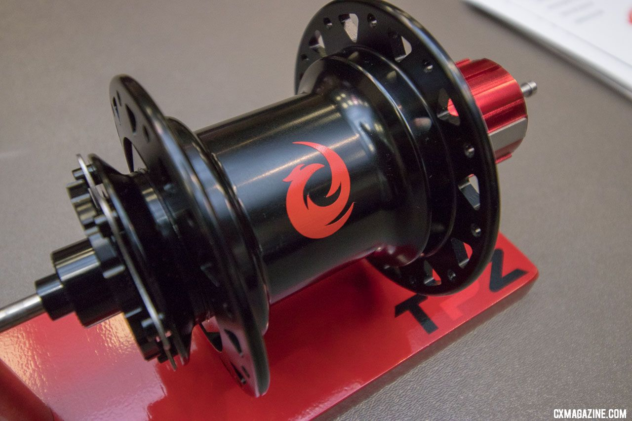 Two Point Zero's Phoenix modular hub could be your dream come true, or the solution to a problem that hasn't bothered you until now. 2018 Interbike new products. © Cyclocross Magazine