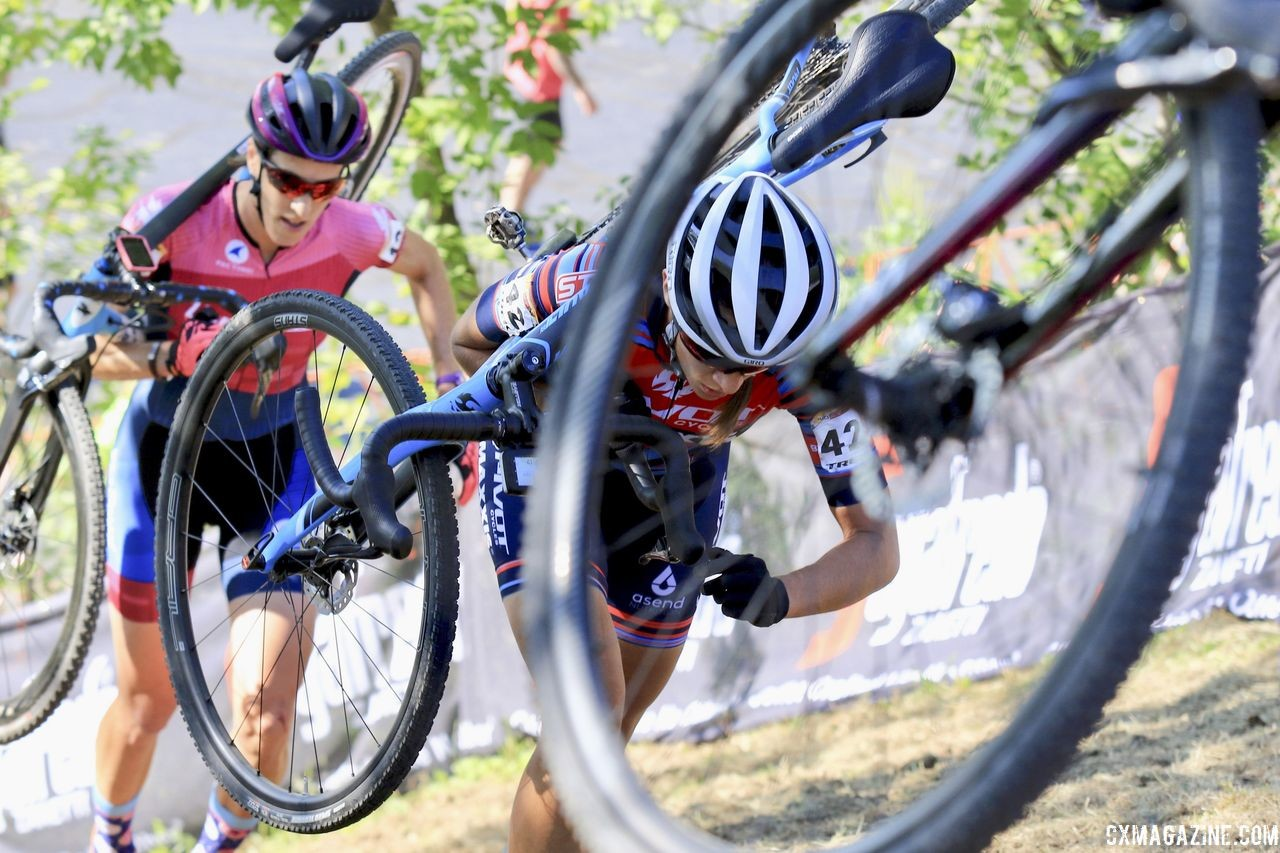 Sofia Gomez Villafane has had success running tubeless this season. 2018 World Cup Waterloo. © D. Mable / Cyclocross Magazine