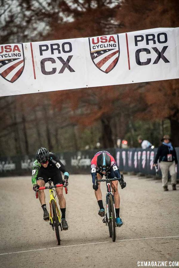 Photo finish. 2018 Major Taylor Cross Cup Day 2. © Mike Almert, Action Images Indy