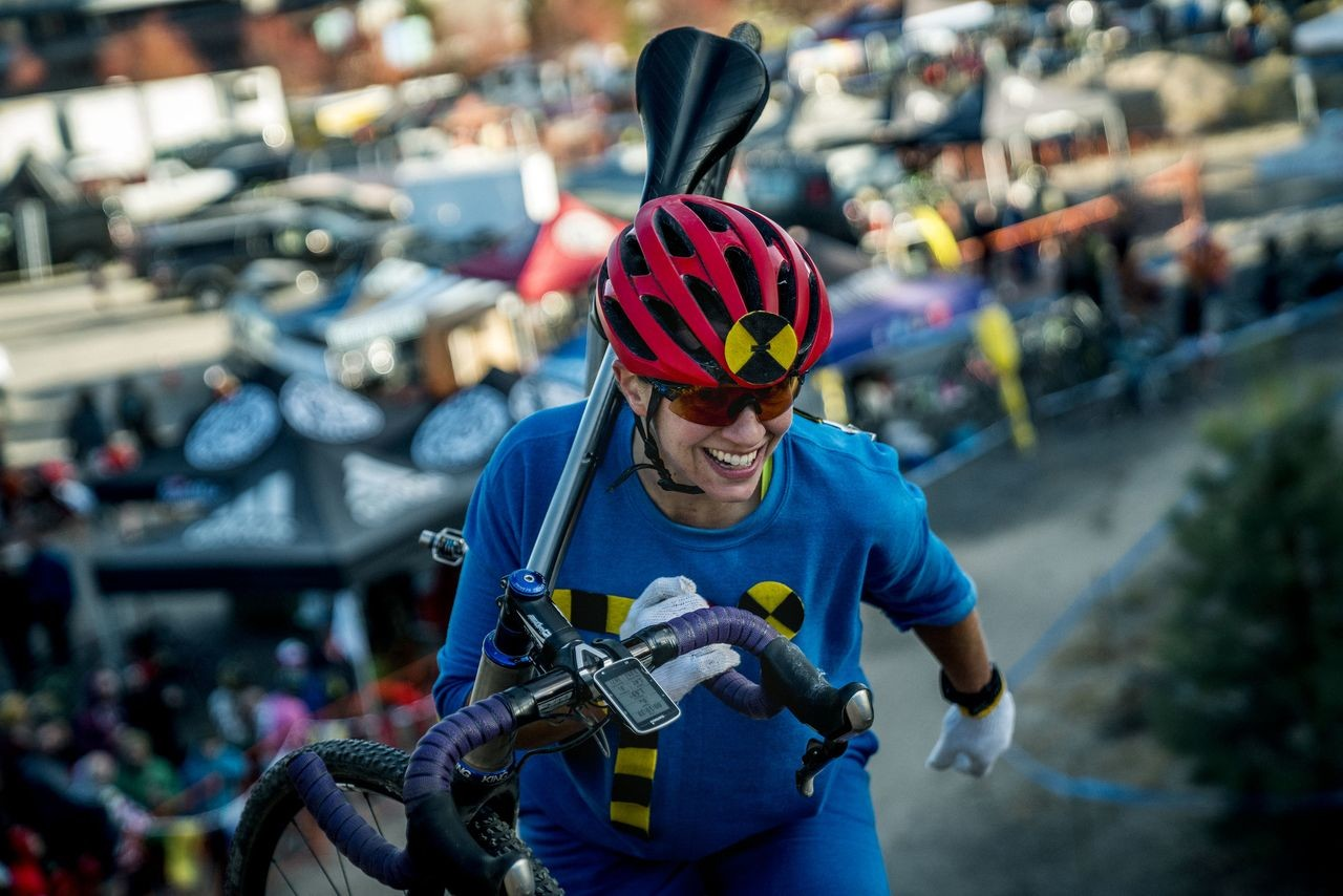Crash test dummy keep it clean. 2018 Cyclocross Crusade Halloween Race at Deschutes Brewery, Bend, OR. © Ben Guernsey